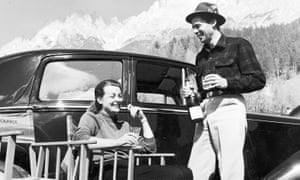 Margaret Hinxman and Dirk Bogarde on location in Cortina, nothern Italy, during the filming of Campbell's Kingdom, 1957