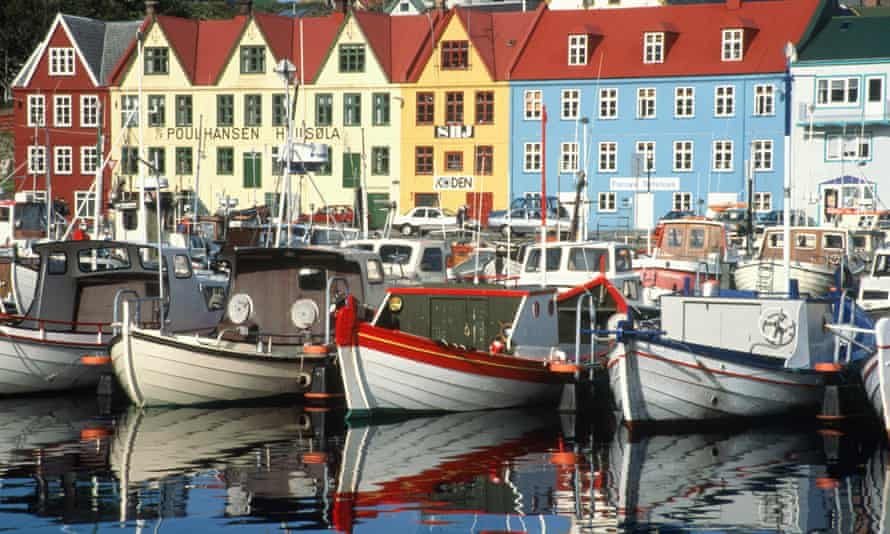 Faroe Islands, waterfront houses and boats