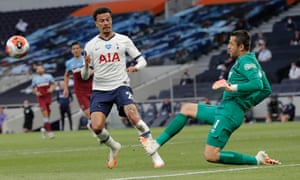 Some deft control and footwork by Hammers keeper Lukasz Fabianski thwarts Dele Alli of Tottenham Hotspur.