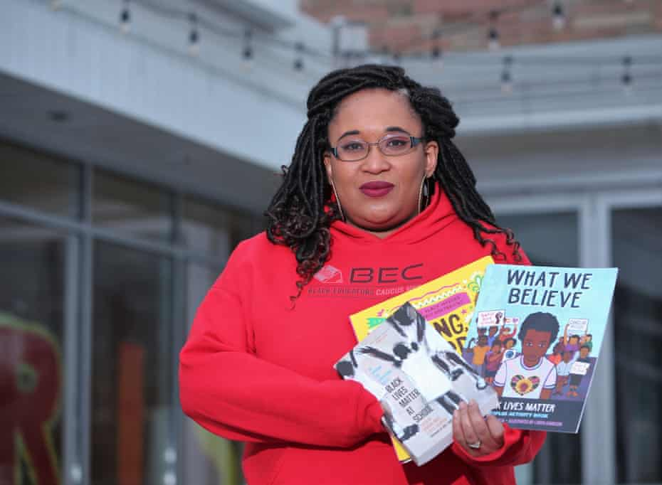 Angela Harris, a teacher at Martin Luther King Jr elementary in Milwaukee, had to scramble last spring when coronavirus forced her school to close.
