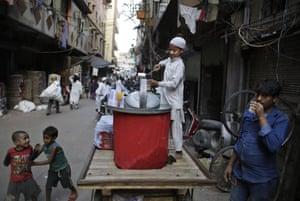 Lemon water on sale in an alleyway in Delhi