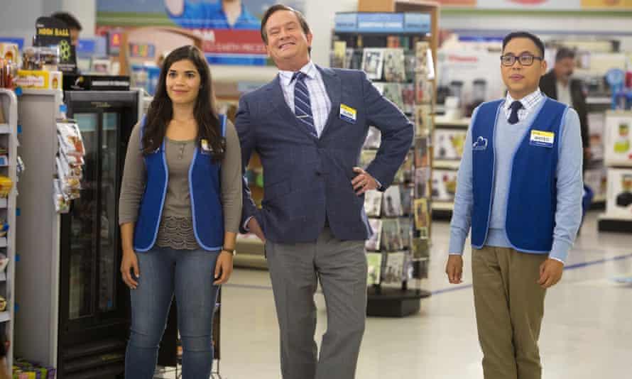 (l-r) America Ferrera as Amy, Mark McKinney as Glenn, Nico Santos as Mateo in Superstore.