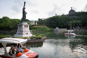 New York's Statue of Liberty, Easter Island and its statues, and Christ the Redeemer from Rio de Janeiro