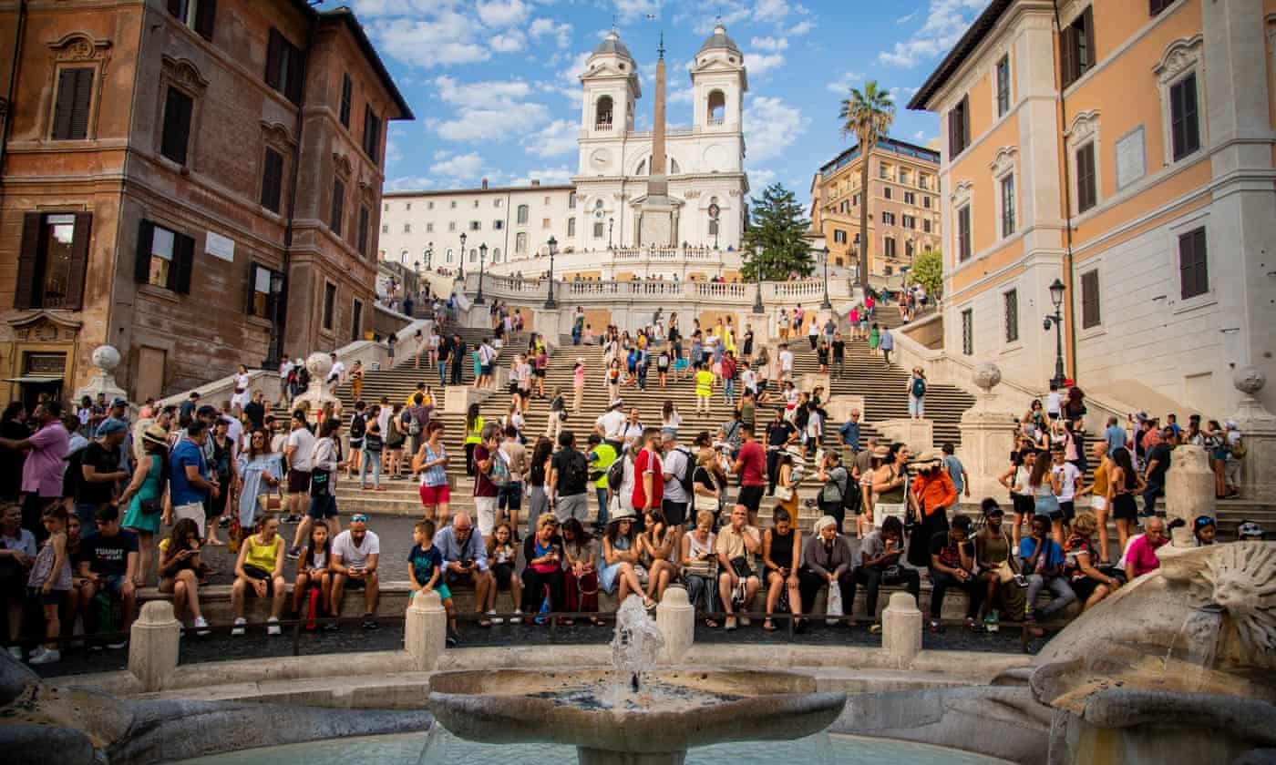 Luxury retailer donates €3m for Rome pavement repairs