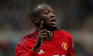 Manchester United's Romelu Lukaku celebrates scoring