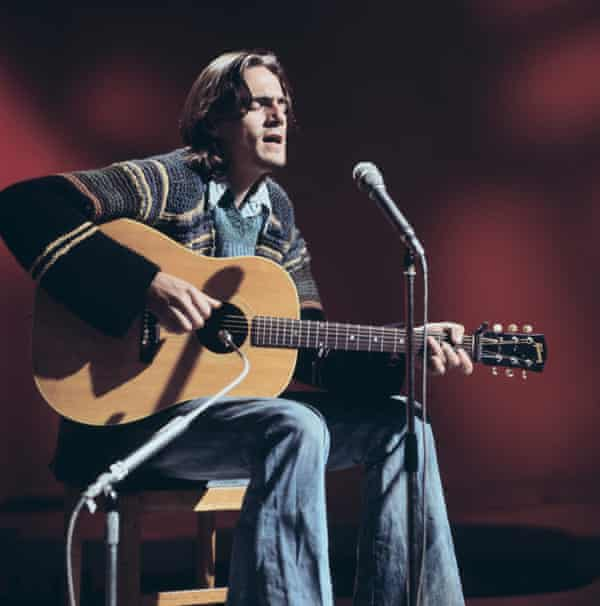 James Taylor in 1970, who suffered from vocal polyps.