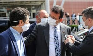 Istanbul Mayor Ekrem Imamoglu (middle) in September.