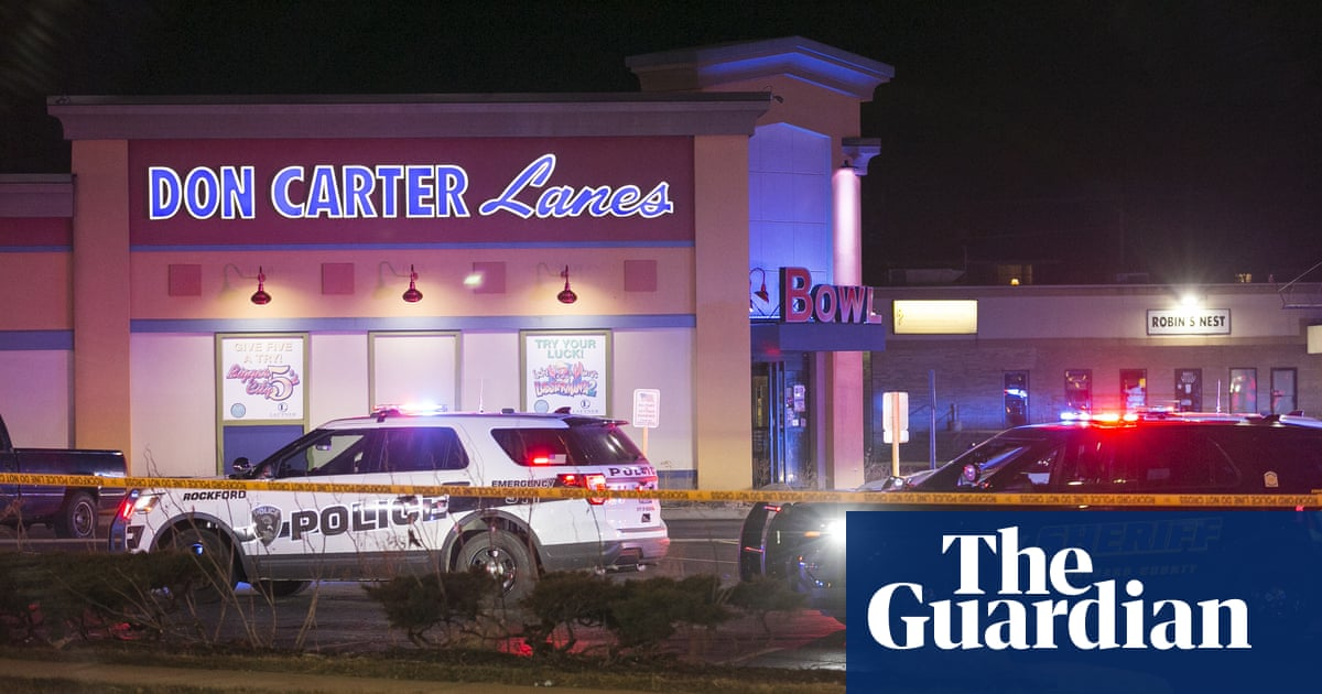 Army sergeant charged in Illinois shooting that left three dead at bowling alley