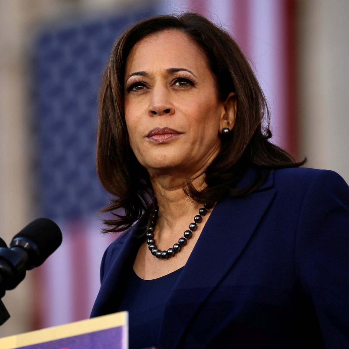 In This Dystopian World Kamala Harris Sails Above The Presidential Bar Richard Wolffe Opinion The Guardian