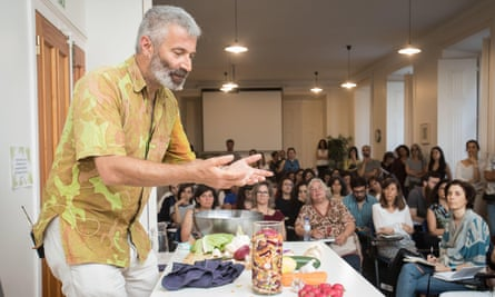 Sandor Katz at the Portuguese Institute of Macrobiotics, in Lisbon, during his world tour, in May 2019.