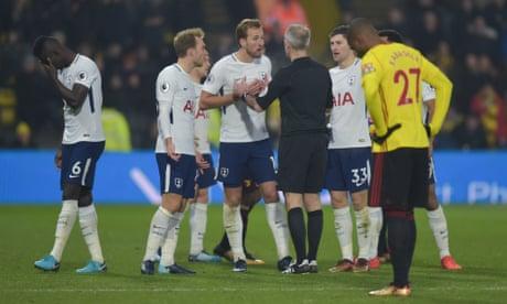 Davinson Sánchez sent off but 10-man Tottenham earn a point at Watford