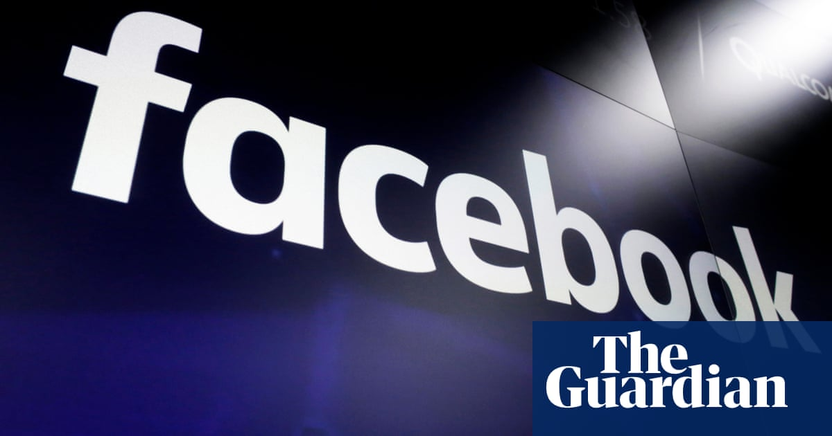 Italian regulator fines Facebook £8.9m for misleading users