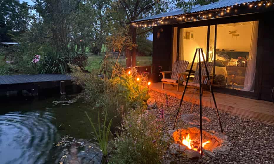 Cabin with pond and firepit