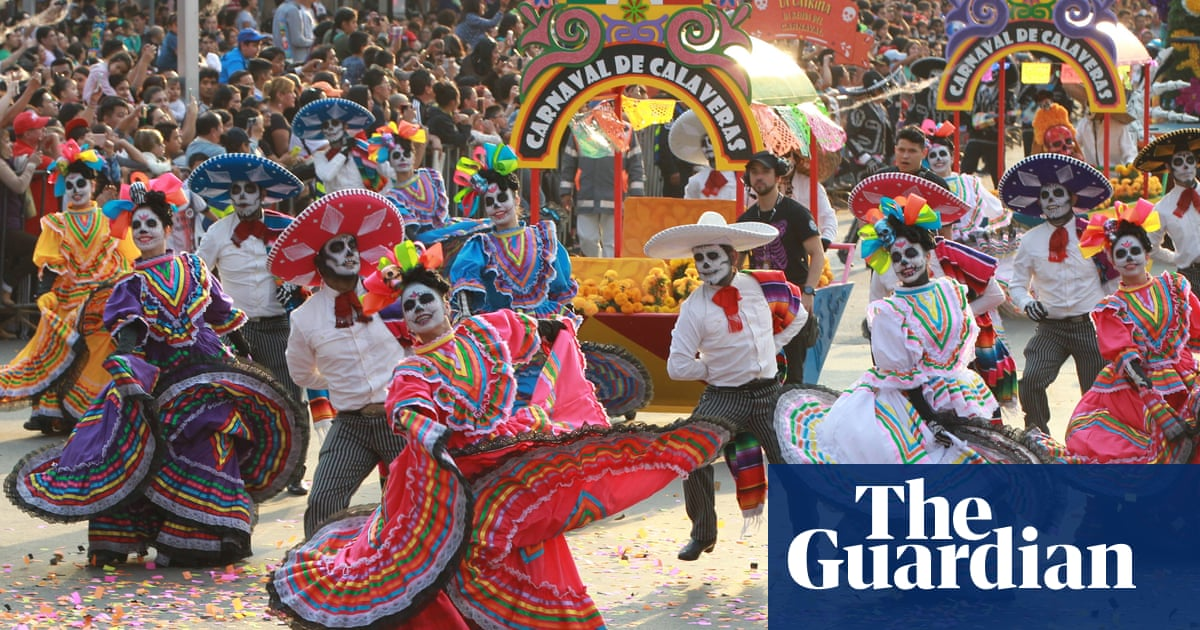 Mexico City S Day Of The Dead Parade In Pictures World News The Guardian