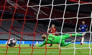 Lewandowski leads Bayern Munich masterclass in hammering of Chelsea | Football