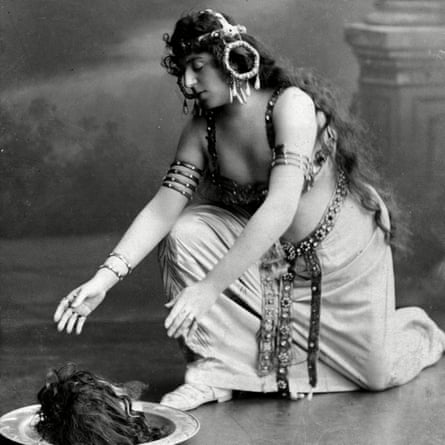 Alice Guszalewicz as Salome in Dresden in 1907.