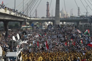 Lahore, PakistanActivists and supporters of the Jamiat Ulema-e-Islam party leader, Maulana Fazl-ur-Rehman, march in Lahore, Pakistan