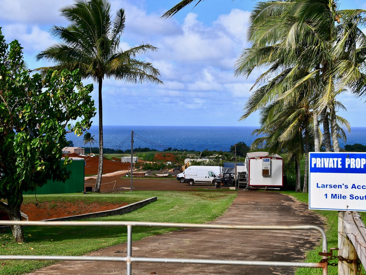 A Blemish In His Sanctuary The Battle Behind Mark Zuckerberg S Hawaii Estate Us News The Guardian