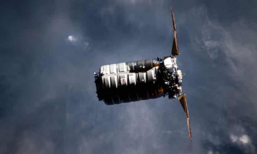 A Cygnus cargo module approaches the International Space Station in April 2019