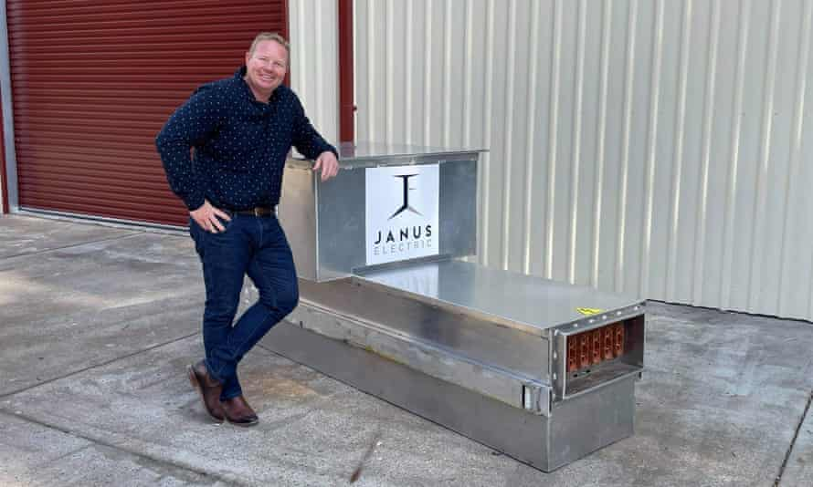 Lex Forsyth from Janus Electric with his swappable battery designed for heavy vehicles.