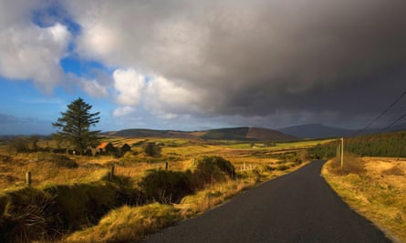 Leaving Castlebar … a road nearby.