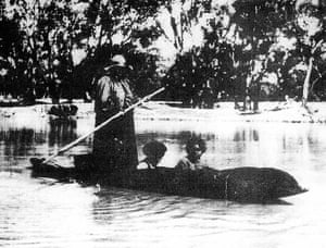 The bark canoe on the Darling river