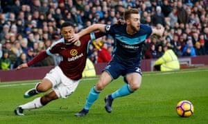 Middlesbrough's Calum Chambers gets the better of Burnley's Andre Gray