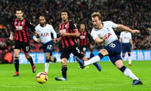 Harry Kane slams home Spurs' fourth goal.