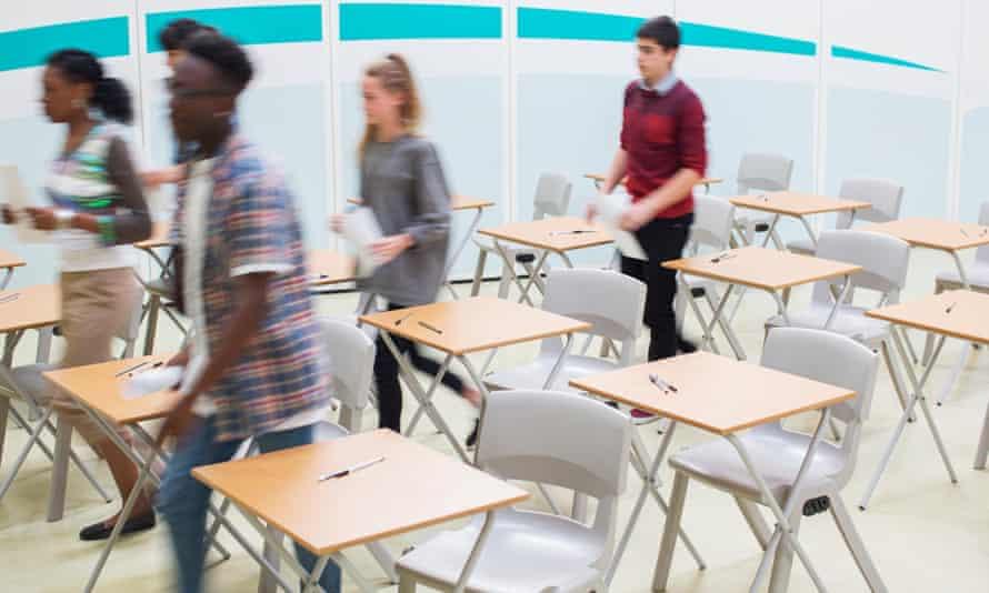 Students leaving classroom