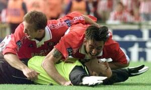 Sasa Ilic celebrates with John Robinson and Steve Jones after Charlton beat Sunderland, 1998