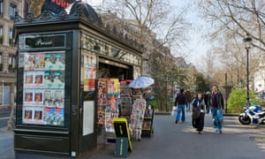 Boulevard Rochechouart in Paris: only a third of French people between the ages of 35 and 49 view the EU favourably.