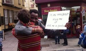 Bisi Alimi在英国2015年5月的大选中反对Nigel Farage的反移民言论