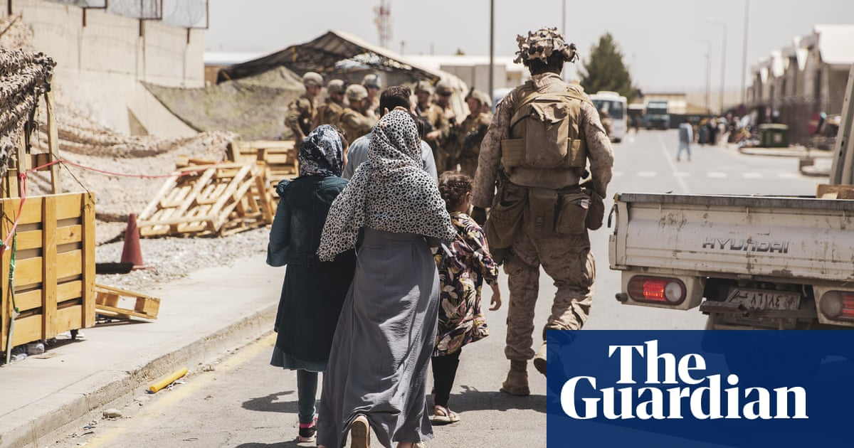 Johnson to urge Biden to keep US troops at Kabul airport after 31 August