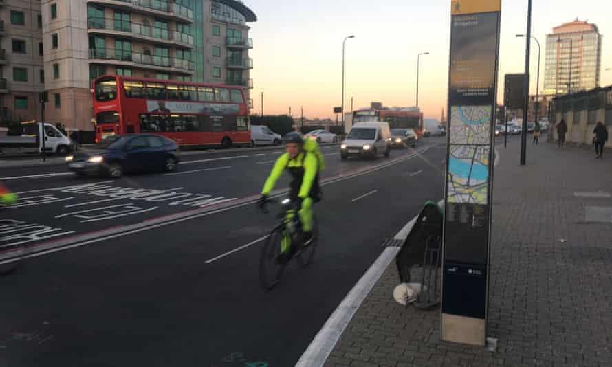 Cycle superhighway 5, Vauxhall Bridge.