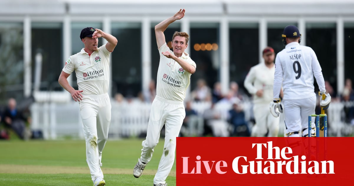County cricket finale: Lancashire v Hampshire and four-way title fight – live!