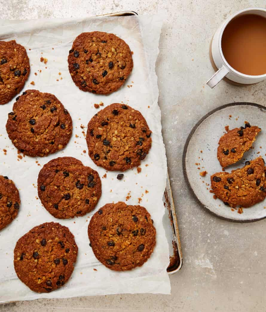 Meera Sodha's oat, spice and currant cookies