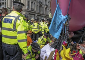 Extinction Rebellion is calling for a week of civil disobedience against what it says is the failure to tackle the causes of climate change