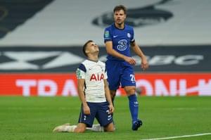 Sergio Reguilón of Tottenham Hotspur reacts after failing to score as Cesar Azpilicueta of Chelsea walks past.