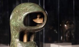 Henry Moore's helmet heads