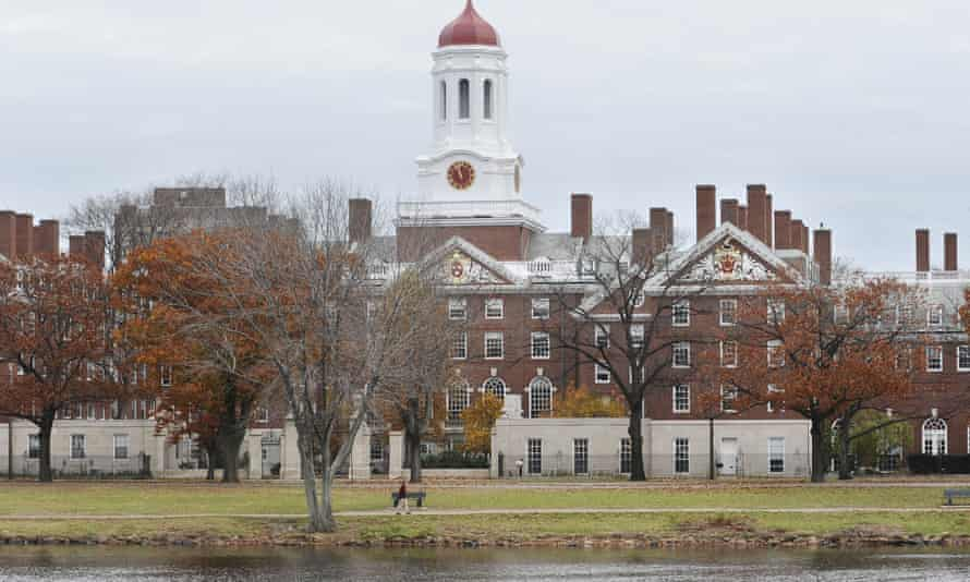 The debating team from Harvard University in Cambridge, Massachusetts, lost to a group of New York prisoners.