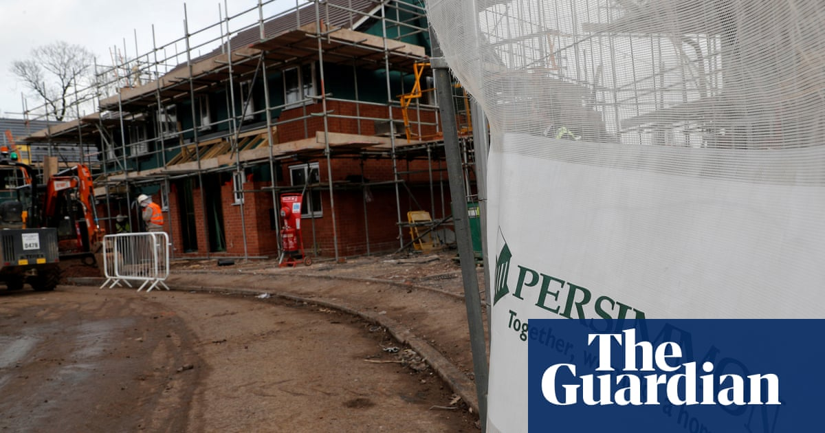 Persimmon reports 64% rise in profits fuelled by UK Covid property boom