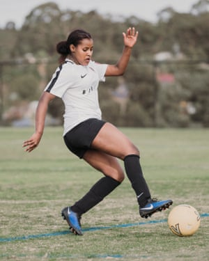Roma Bahmoud from Fitzroy Lions soccer club plays against Watsonia Heights football club.