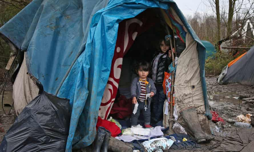 Children in a  French refugee camp