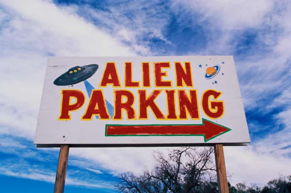 This is a road sign indicating the site in Roswell where many believe a UFO crashed.