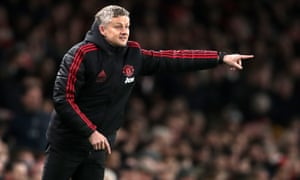 Manchester United manager Ole Gunnar Solskjær issuing instructions during the team's win at Arsenal in the FA Cup on Friday.