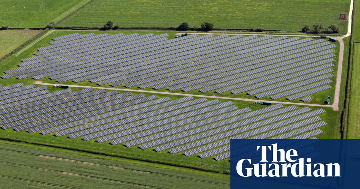 Farmers swap crops for energy as east of England solar farm proposals double