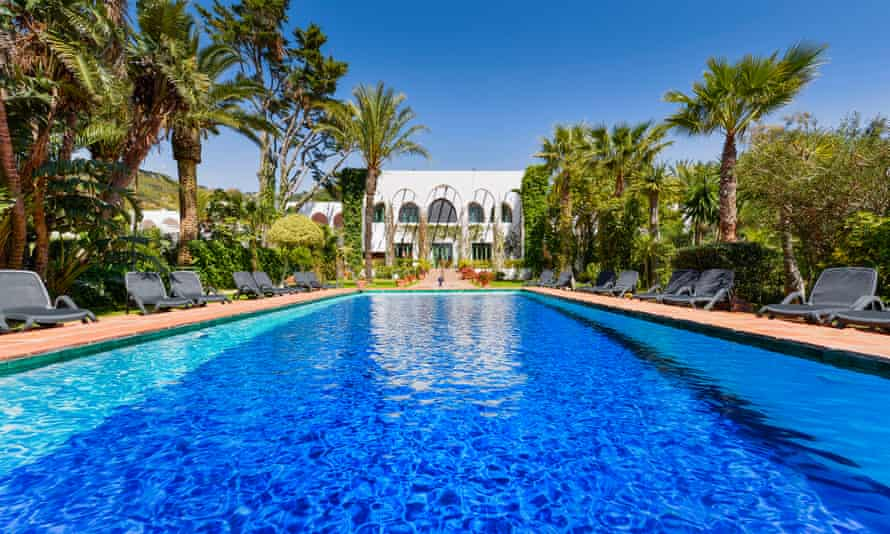 The pool at Hotel Hurricane