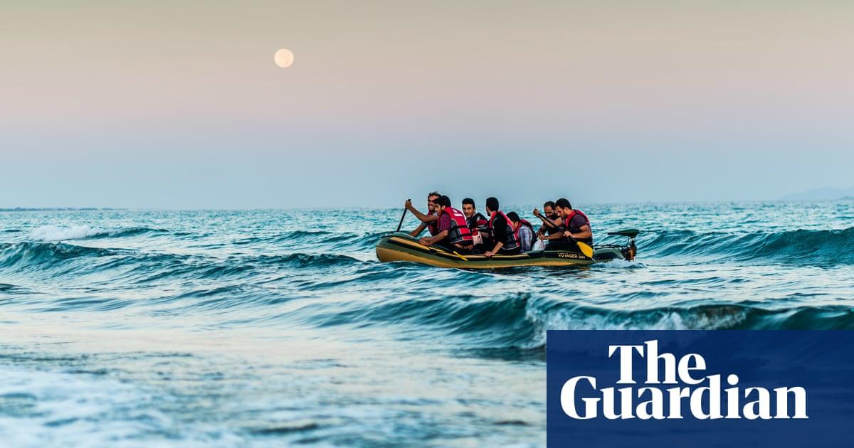 Greek police arrest Dutch journalist for helping Afghan asylum seeker