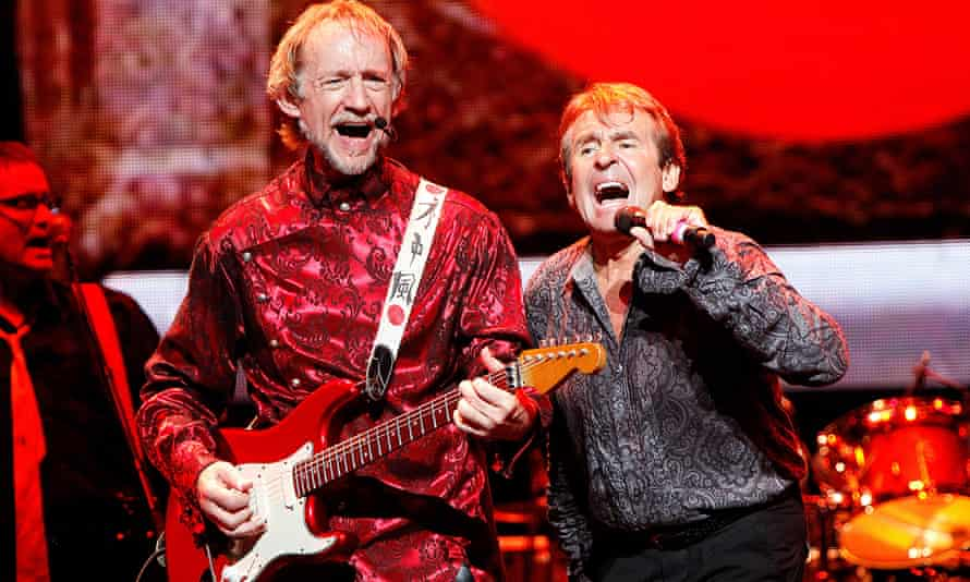 Peter Tork, left, and Davy Jones performing in Vienna during a 2011 Monkees tour.