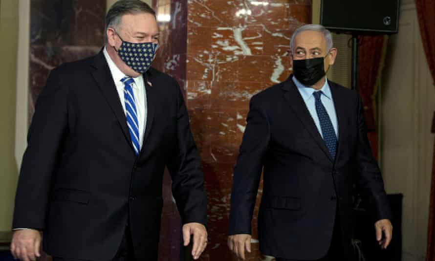 Mike Pompeo and Israeli prime minister Benjamin Netanyahu in Jerusalem last week. Pompeo has persuaded Gulf Arab states to sign highly questionable peace deals with Israel.